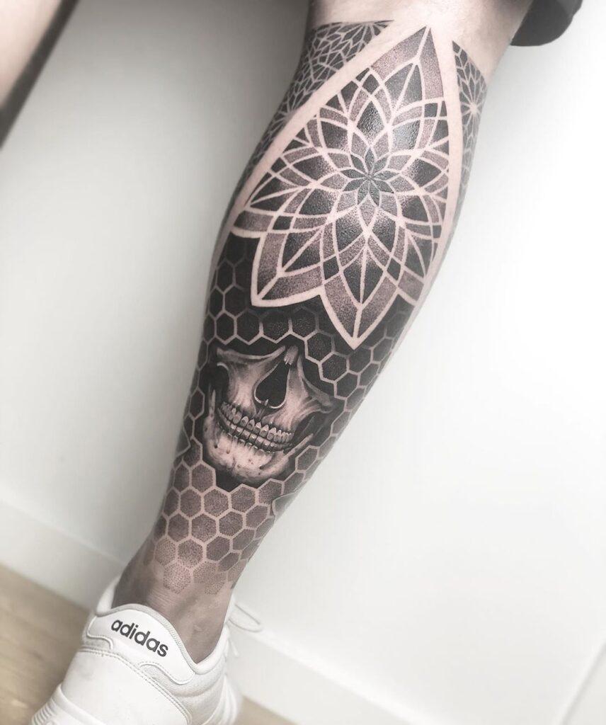 Tattoo sleeve leg blackwork